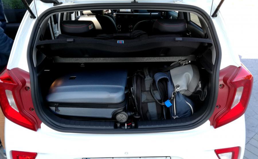 Nowa kia picanto oferuje bagażnik o 255 l. To najwięcej wśród aut tej klasy