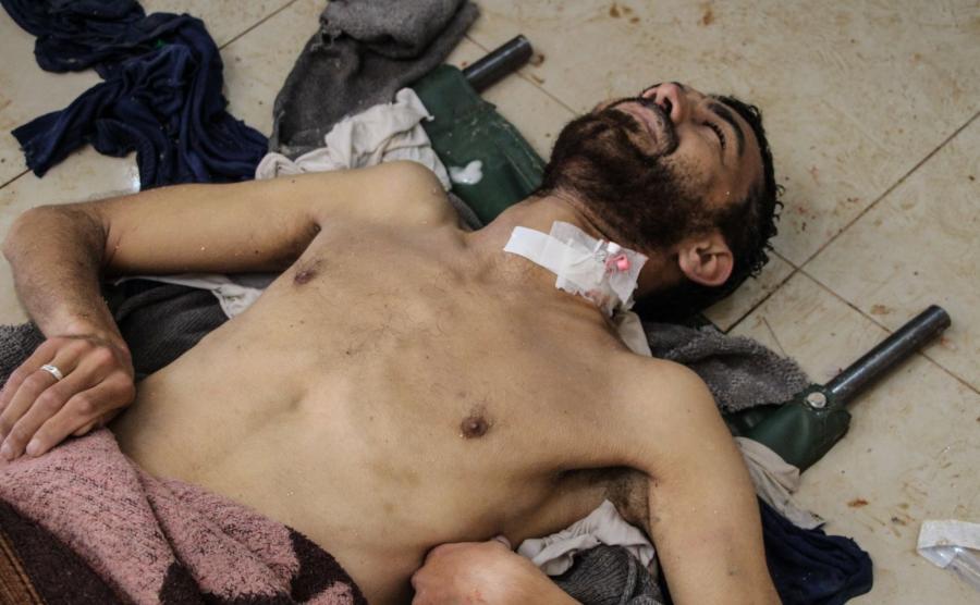 Ofiary ataku, prawdopodobnie gazowego, w Idlib, w Syrii