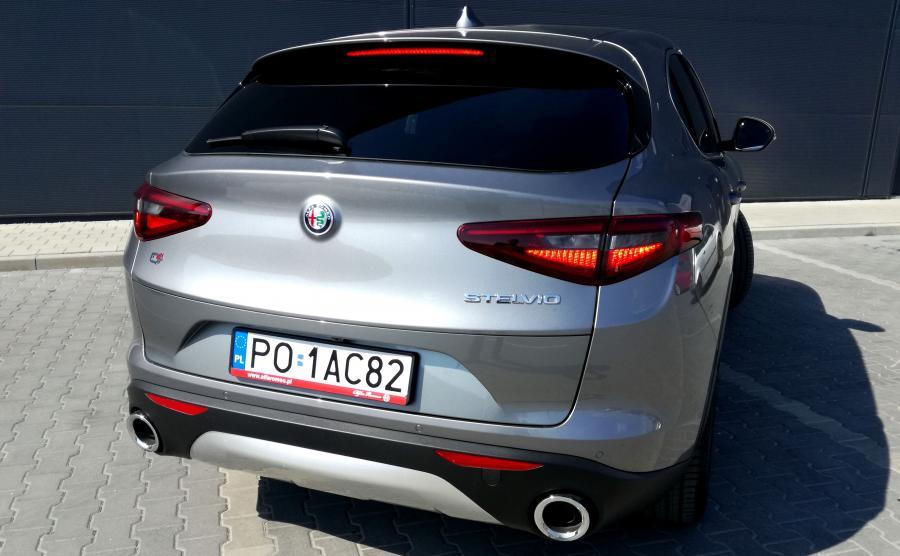 Alfa Romeo Stelvio oferuje bagażnik o pojemności 525 litrów