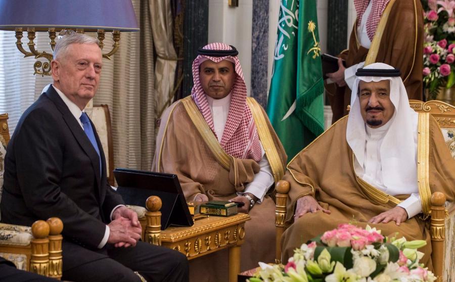 James Mattis w Arabii Saudyjskiej
