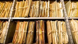 Akta w archiwum