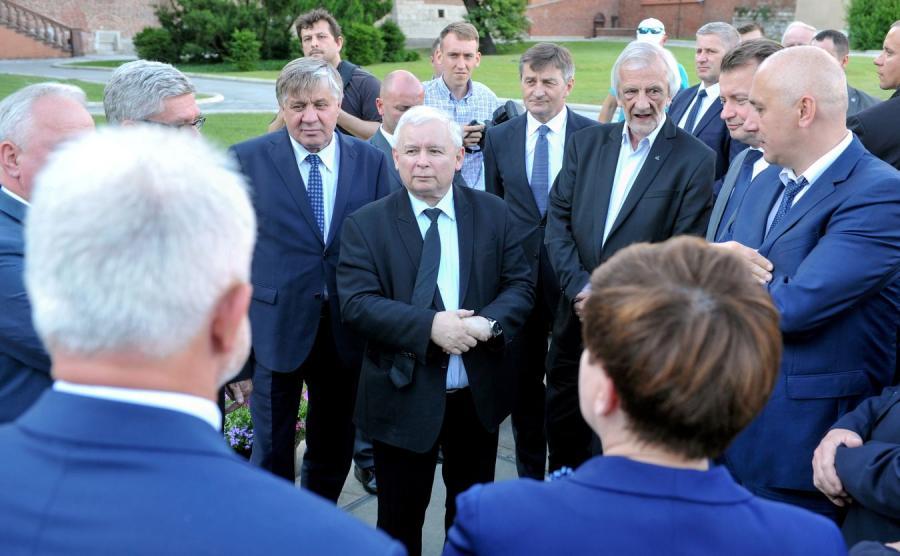 Jarosław Kaczyński i politycy PiS