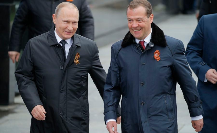 Władimir Putin i Dmitri Miedwiediew