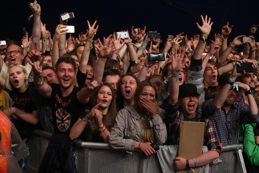 Tłum przed Foo Fighters na Open'er Festival 2017; 29.06.2017