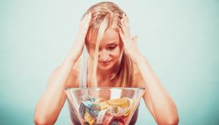 Nieszczęśliwa kobieta na diecie
