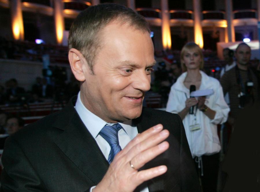 Jak powinien pachnieć Tusk i Kaczyński?