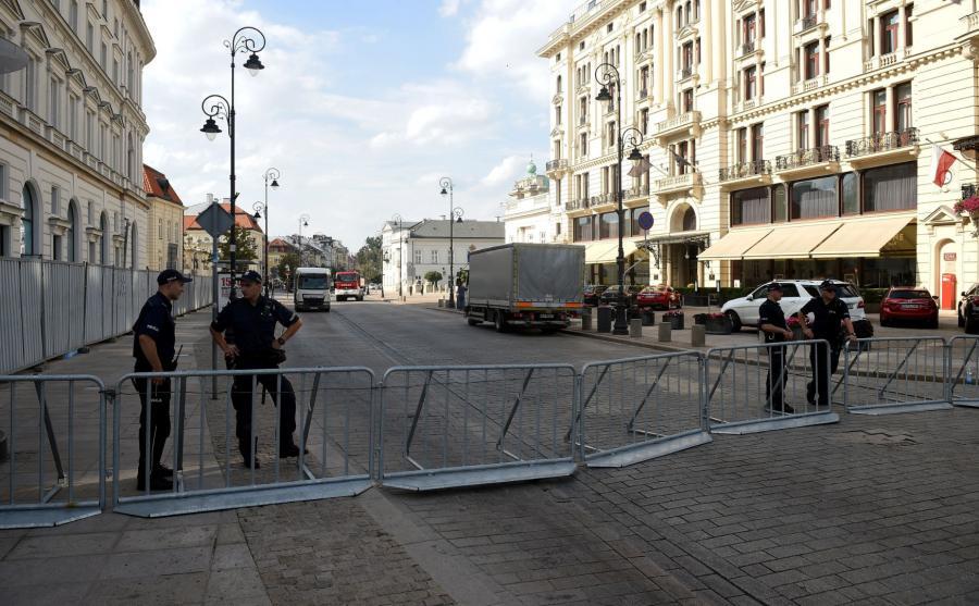 Warszawa gotowa do miesięcznicy