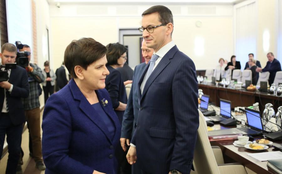 Premier Beata Szydło i wicepremier, minister rozwoju i finansów Mateusz Morawiecki