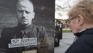 """Uroczystości pogrzebowe """"Łupaszki"""""""