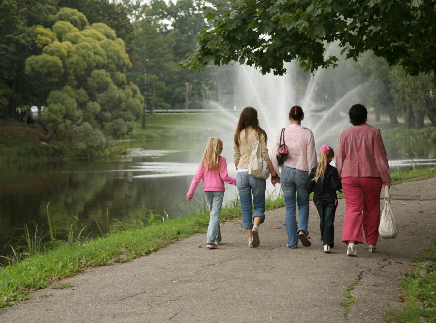 Zasiłki rodzinne wzrosną o ponad 40 proc.