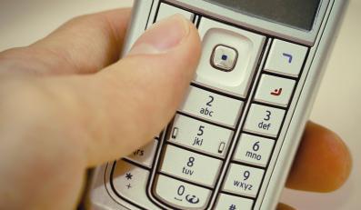 Telefon, który powstrzyma kata rodziny