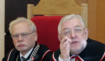 Sędziowie do polityków: Opamiętajcie się