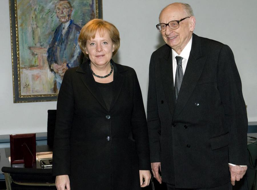 Bartoszewski: Merkel woli nas niż Związek Wypędzonych