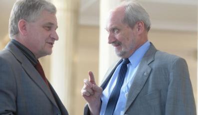PO nie chce Macierewicza w komisji Olewnika