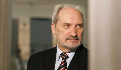 Macierewicz: Pozwę Tuska