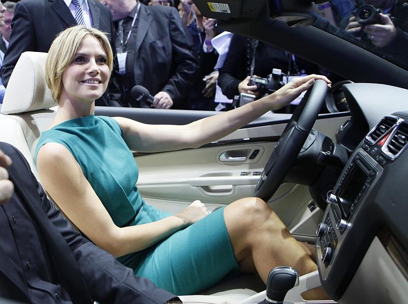 Zobacz, za jakimi samochodami szaleją Polacy
