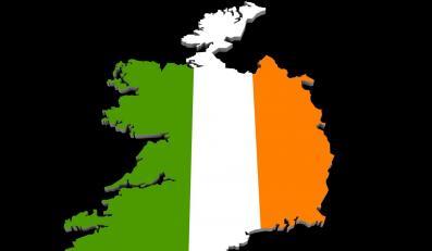 Coraz więcej młodych Irlandczyków wyjeżdża z kraju w poszukiwaniu pracy