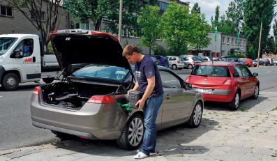 Drogie paliwo wywraca świat kierowców do góry kołami