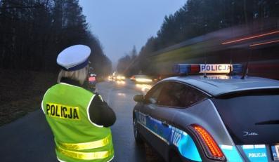 Kierowca zatrzymany przez policjantów wciąż miał we krwi około promila alkoholu