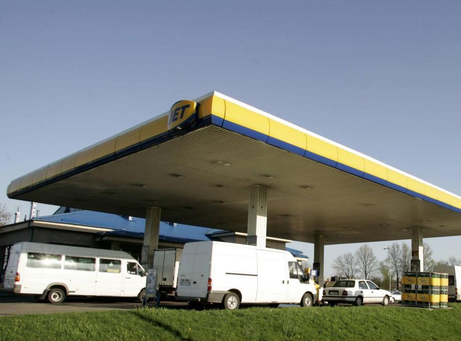 Kierowcy wytrzeźwieją przez zakaz sprzedaży wódki na stacjach?