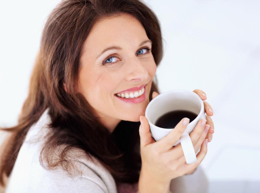 Kawa działa skuteczniej, gdy jest osłodzona