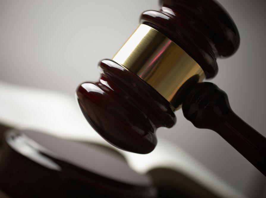 Sąd: Rymkiewicz ma przeprosić wydawcę \