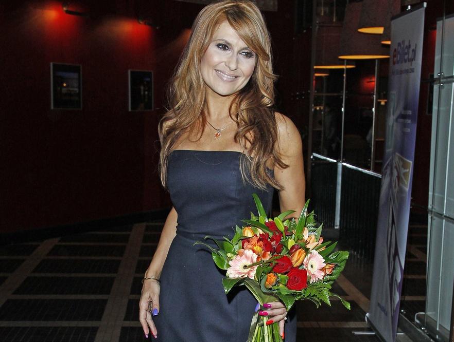 Katarzyna Skrzynecka na swoim koncercie w Teatrze Bajka