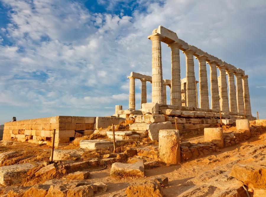 Grecję zalewają strajki