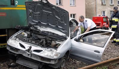 Podczas długiego czerwcowego weekendu na polskich drogach doszło do 525 wypadków, w których zginęło 71 osób, a 650 zostało rannych. Policjanci zatrzymali aż 2794 nietrzeźwych kierowców