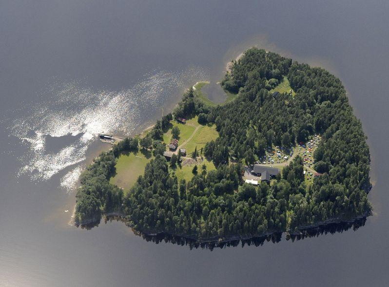 Strzelanina na wyspie Utoya w Norwegii. Co najmniej 80 zabitych