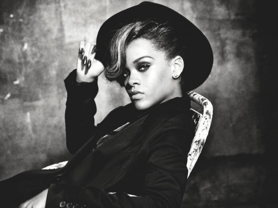Nowa Rihanna już gada w sieci