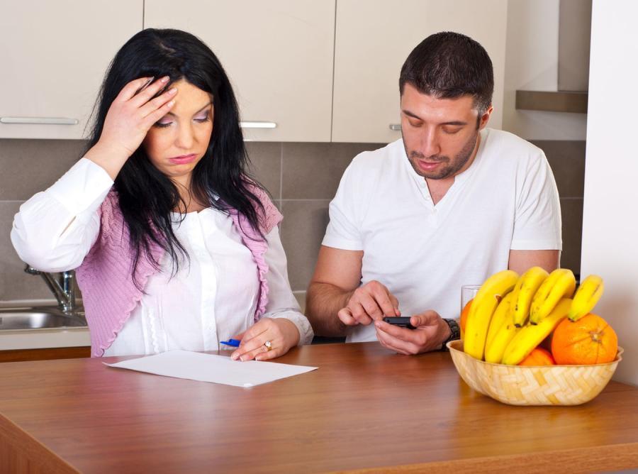 Rodzina i kłopoty finansowe - zdjęcie ilustracyjne