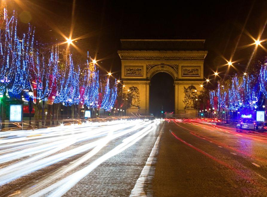 Noc w Paryżu