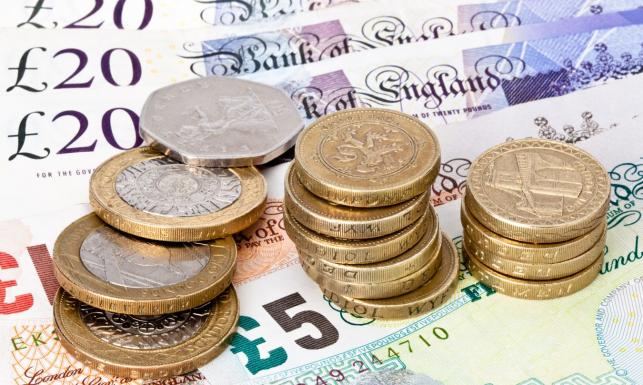 1. Czym Szkoci będą płacić w sklepie?