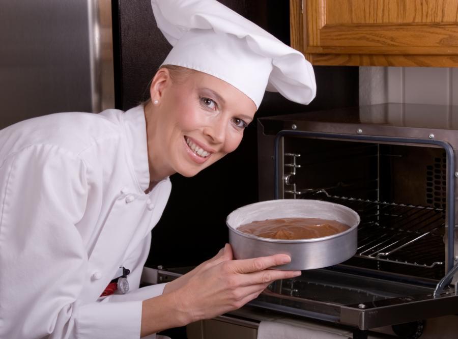 Kucharz z ciastem