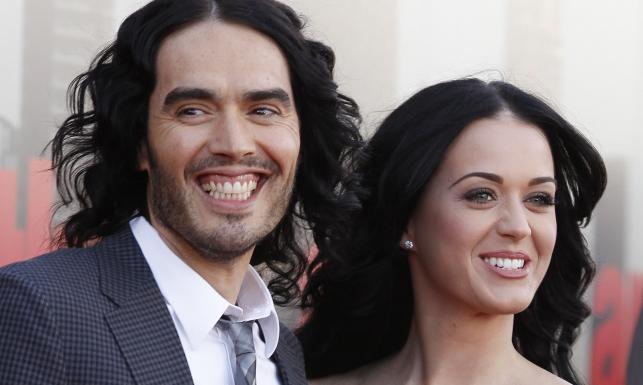 Russel Brand (tu na zdjęciu z Katy Perry) był prawdziwym nałogowcem. Przeszedł terapię i już nie bierze - jego sposób na abstynencję to unikanie gwiazdorskich imprez
