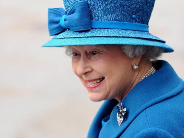 Królwa Elzbieta II wstąpiła na brytyjski tron dokładnie 6 lutego 1952 roku, choć koronacja miała miejsce dopiero w czerwcu 1953 roku