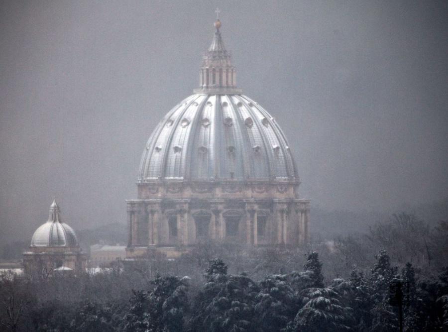 Drobny śnieżek sparaliżował Rzym