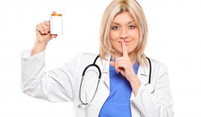 Lekarz nie zawsze jest ze swoim pacjentem szczery - wynika z badań naukowców
