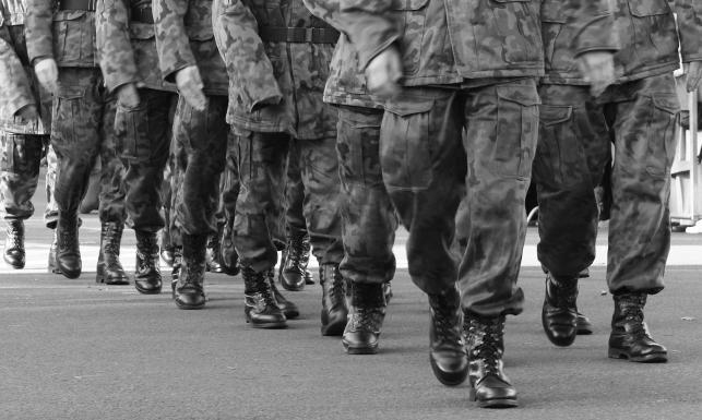 Znalezione obrazy dla zapytania wojsko gif tumblr
