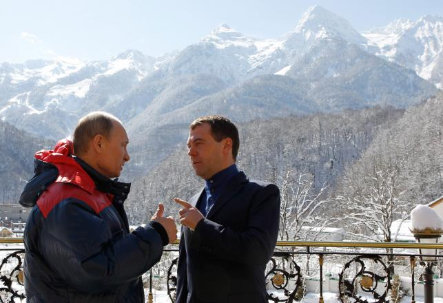 Dmitrij Miedwiediew pogratulował Władimirowi Putinowi powrotu na Kreml