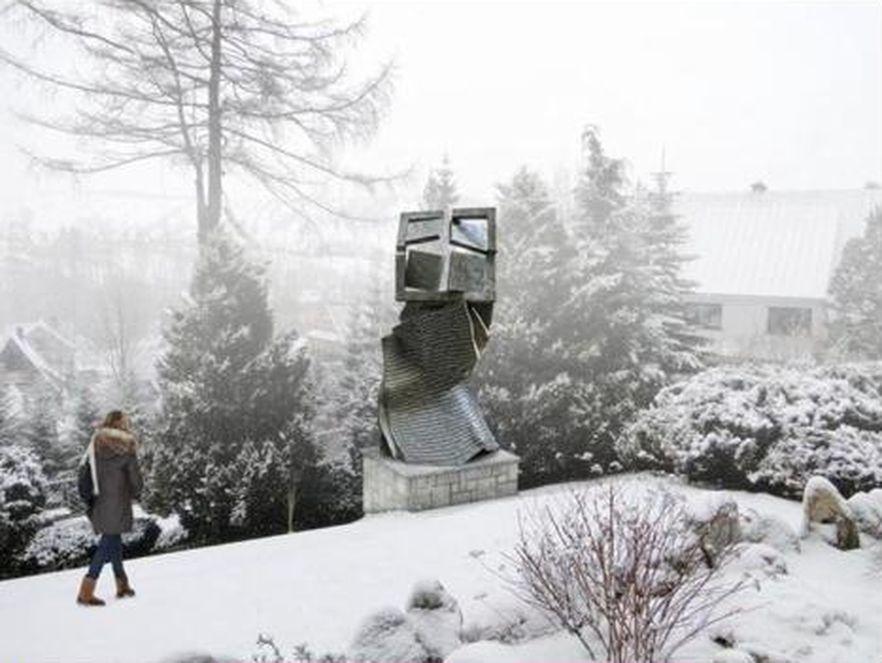 Pomnik ofiar katastrofy smoleńskiej w Zakopanem
