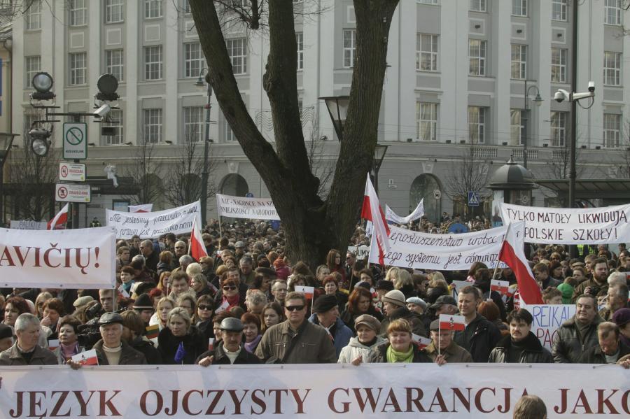 Demonstracja Polaków na Litwie