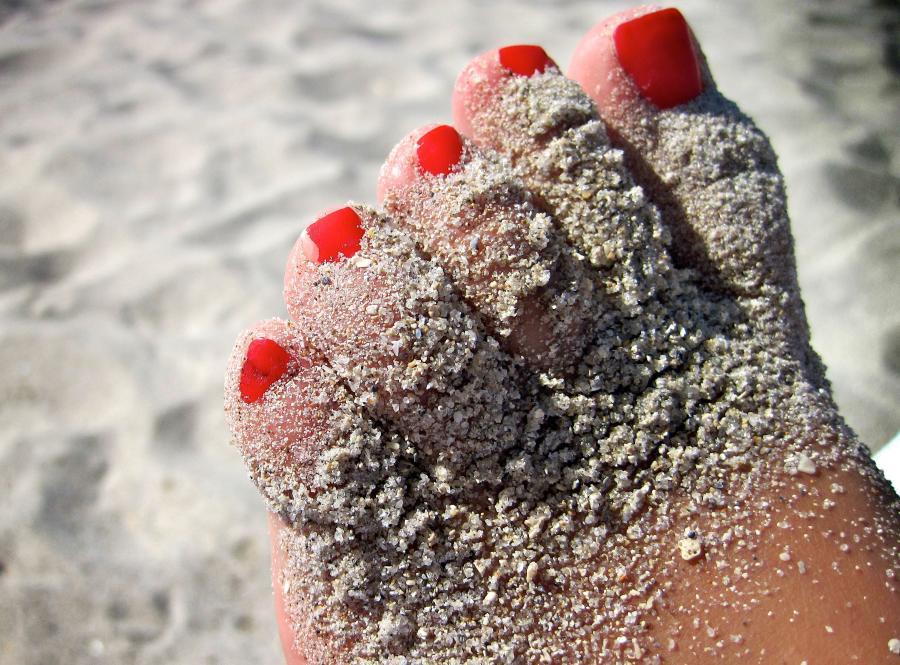 Słodkie lenistwo na plaży