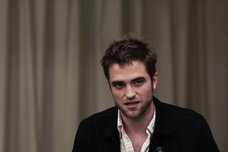 Robert Pattinson promował \