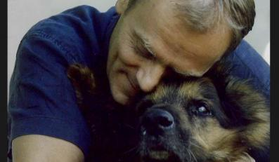 Donald Tusk z psem Szeryfem