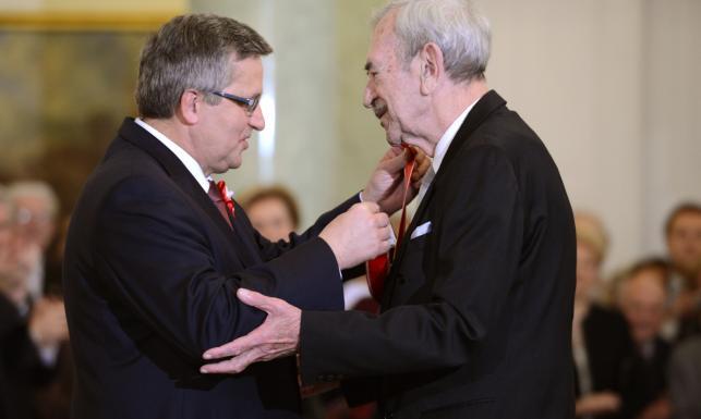 Odznaczenia wręczone: Buzek, Kobuszewski, Applebaum... ZDJĘCIA