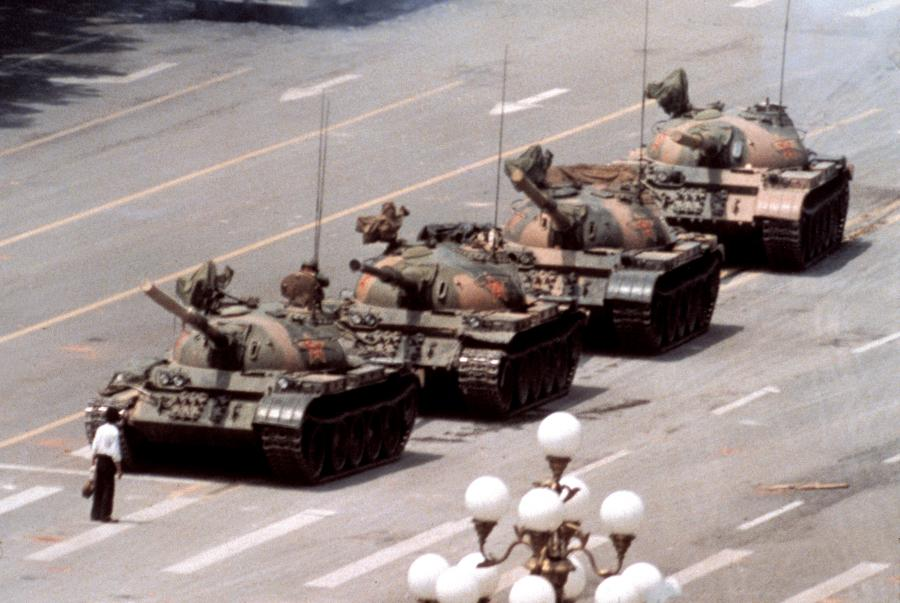 Jeff Widener Tiananmen 1989