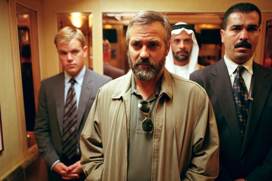 "George Clooney w filmie ""Syriana"""