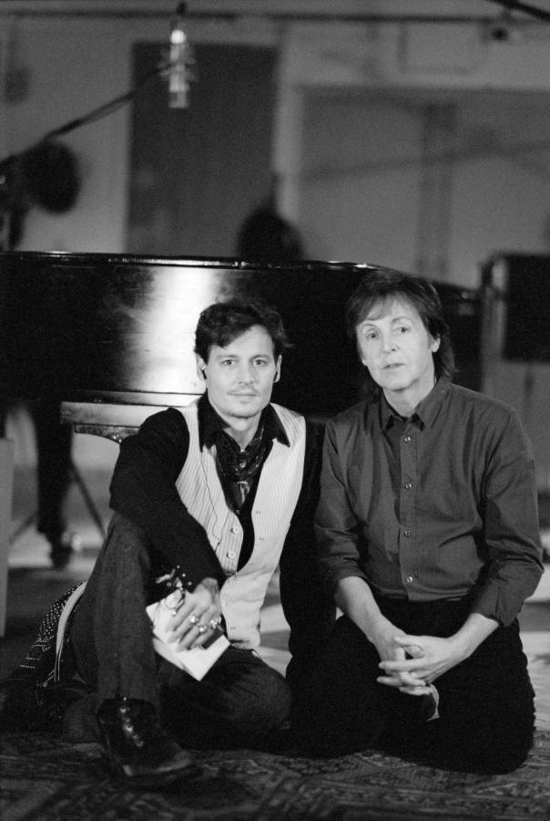 """Paul McCartney i Johnny Depp na planie klipu do """"Queenie Eye"""""""